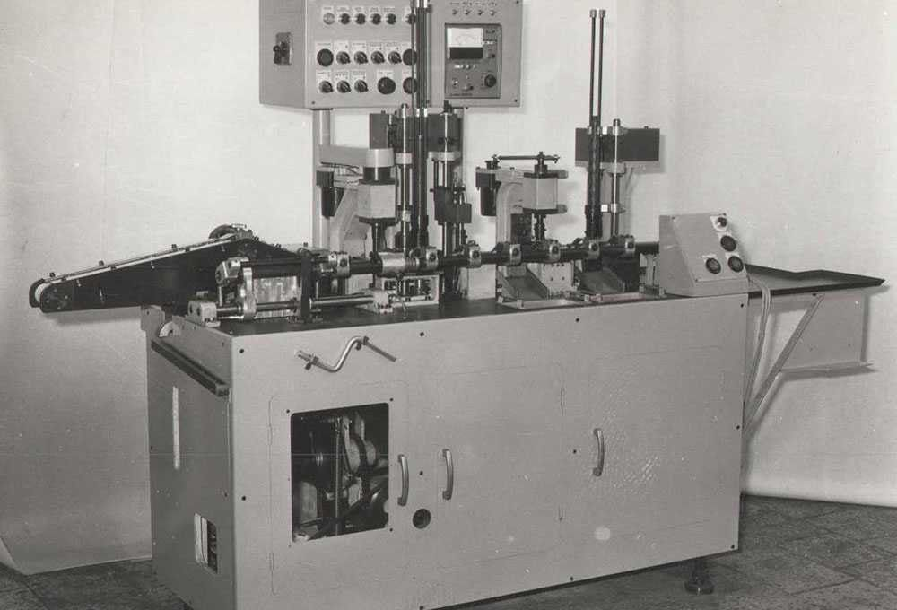 Automatic assembly